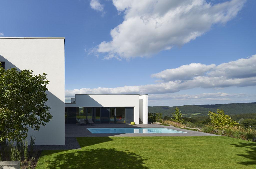Neue Fotos von Haus Eifel online | Fachwerk4