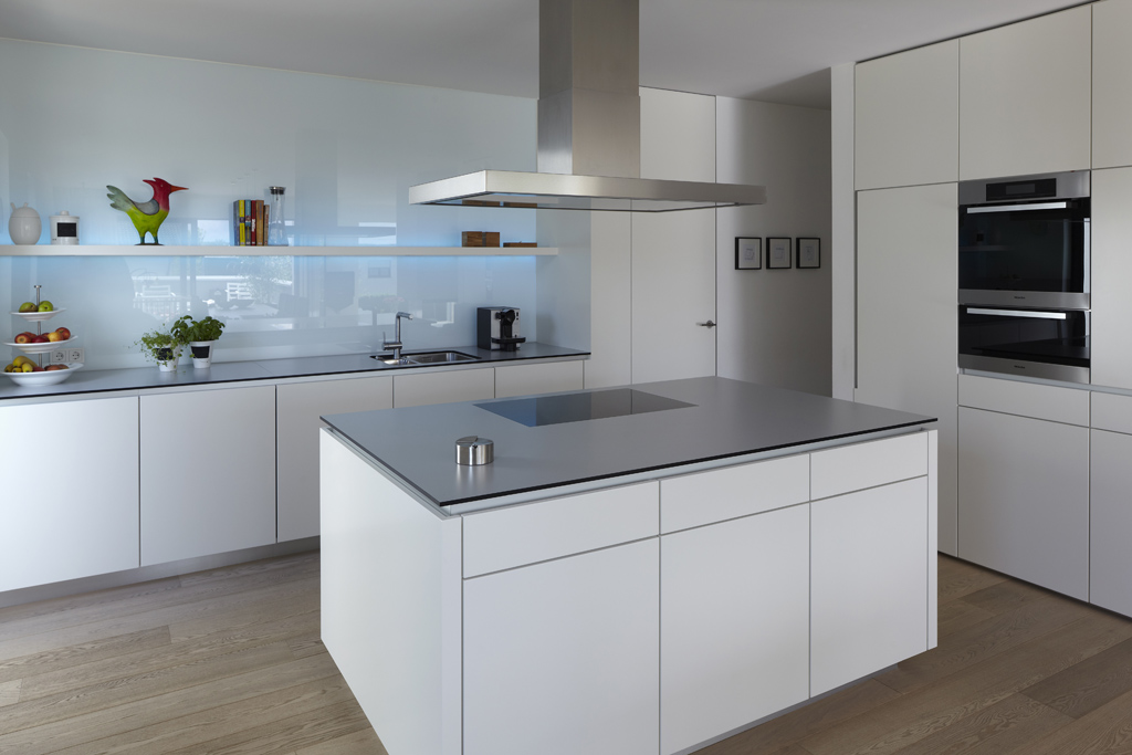 mehrfamilienhaus h fachwerk4 architekten bda. Black Bedroom Furniture Sets. Home Design Ideas