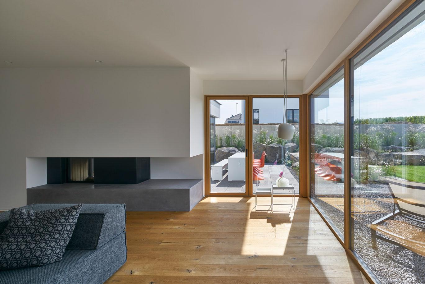 Haus weinrebe bei mainz von architekturb ro fachwerk4 for Moderne architektur wohnhaus